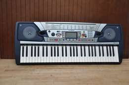 Uk used Yamaha PSR 282 Professional Keyboard Piano for sale