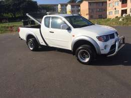Towtruck Tow truck Mitsubishi Triton 3.5 FOR SALE!!