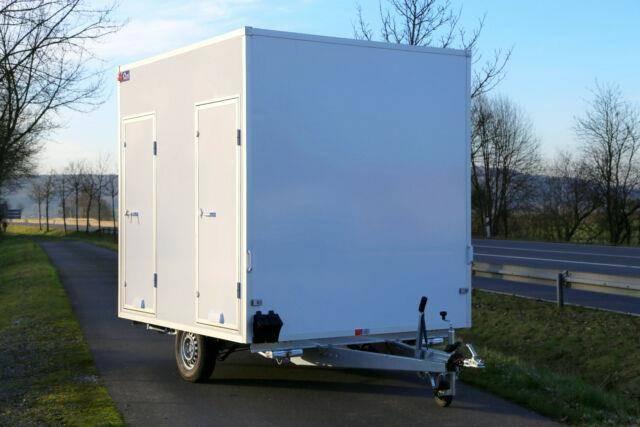 Blyss Toilettenanhänger 1300 kg, 250x200x230cm
