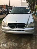 Mercedes Benz ML 320, very sound toks and clean 2001