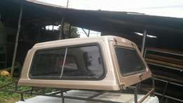 Toyota hilux 2.4 dobble cab canopy