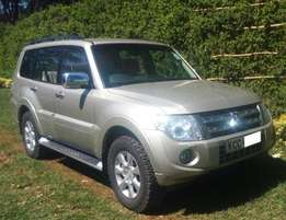 Mitsubishi Pajero [ All power Windows and Mirrors,Clean Interior]