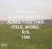 5 plots Bareland together facing the express at Itele Ayobo for Sale.
