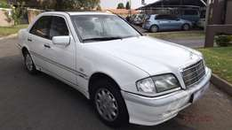 1999 Mercedes Benz c240 elegance estate in good condition