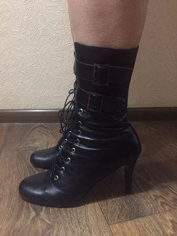 Продам осенние кожаные сапоги  400 грн. - Жіноче взуття Київ на Olx 611607c232b94