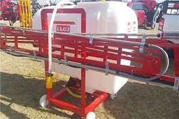 Boom sprayers Various sizes for sale