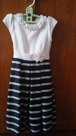 Плаття для дівчинки  300 грн. - Одяг для дівчаток Львів на Olx 83a299b7764b2