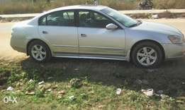 Clean Nissan Altima 2003