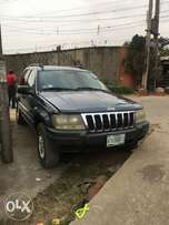 registered Cherokee jeep 2004