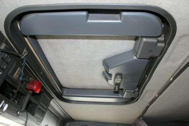 Iveco MP 380 E 44 EUROTRAKKER 6x4 - 2003 - image 12