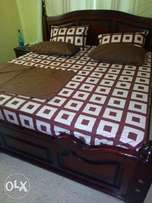 Royal pure cotton bedsheets with 4 pillowcases and 2 bedsheets