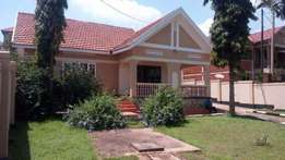 three bedroom stand alone house for rent in naalya at 1.2m
