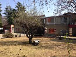 Large, clean & secure 1 bedroom apartment in Buccleuch R 3,850