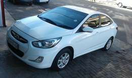 2013 Hyundai accent 1.6 in a perfect condition