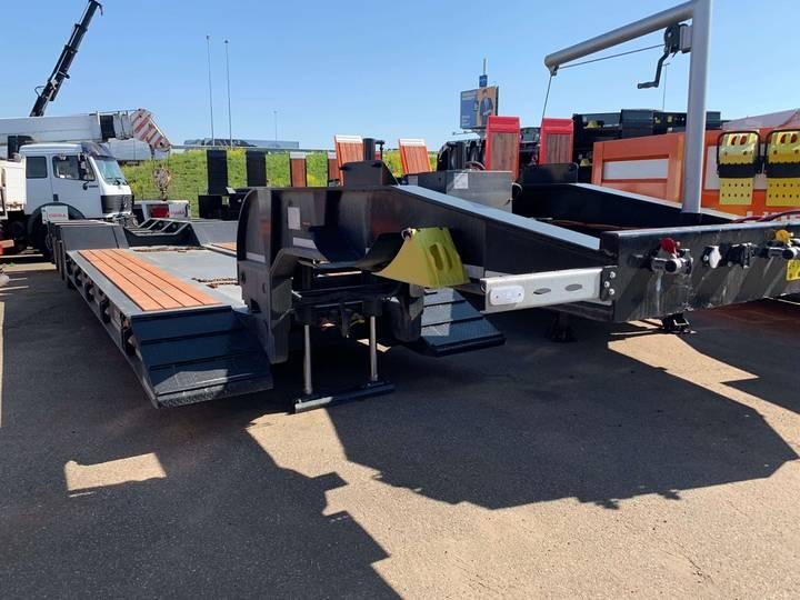 Ozgul LW3 58 Ton Tri/A Lower Deck Semi Lowboy - 2019
