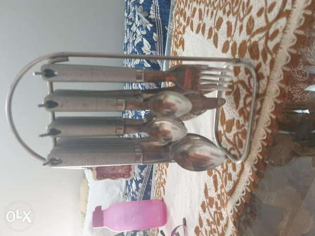 Cutlery set for sale..