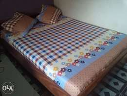 Quality spring bedsheet for your room,student and hospital