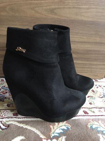Замшеві черевички  500 грн. - Женская обувь Скнилов на Olx 4124477f973bd