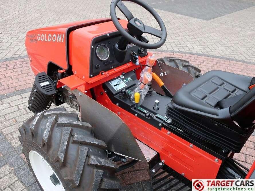 Goldoni Transcar 28RS Utility 4WD Tipper 3-Way Dumper NEW - image 9