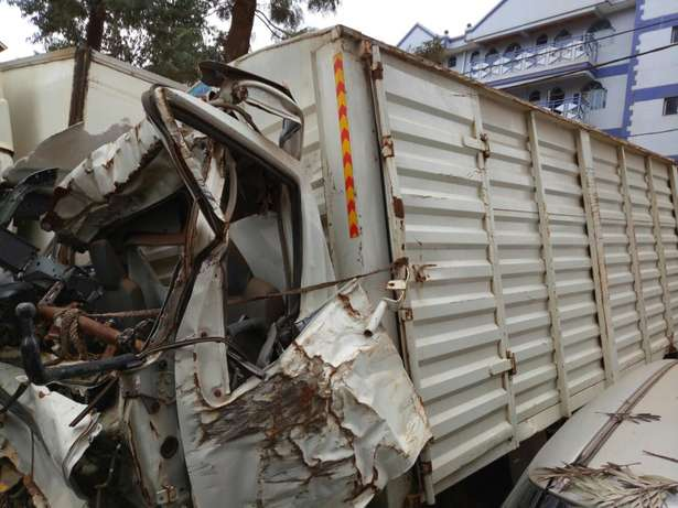 Hino truck kCG with damaged cabin Roysambu - image 1