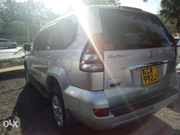 Toyota Prado 2007 model Hurlingham - image 4