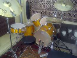Mapex 5 piece Drum Kit
