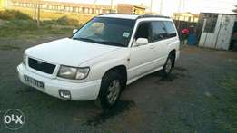 Subaru forester sf5 (GREAT DEAL)