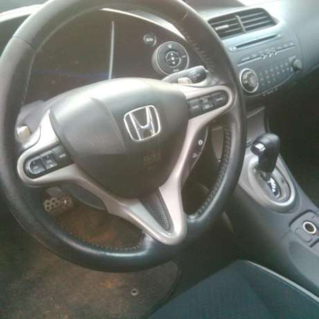 Very sweet and unique Honda Civic (06/07 model) for quick sale Kaduna North - image 5