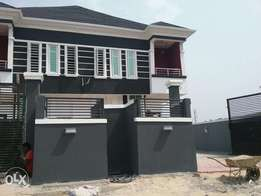 Lovely built 4bedroom duplex