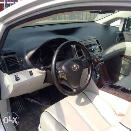 An ultra clean toks 2009 toyota venza for sale Ikeja - image 2