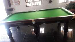 Pool Table/Snooker Table with Accessories