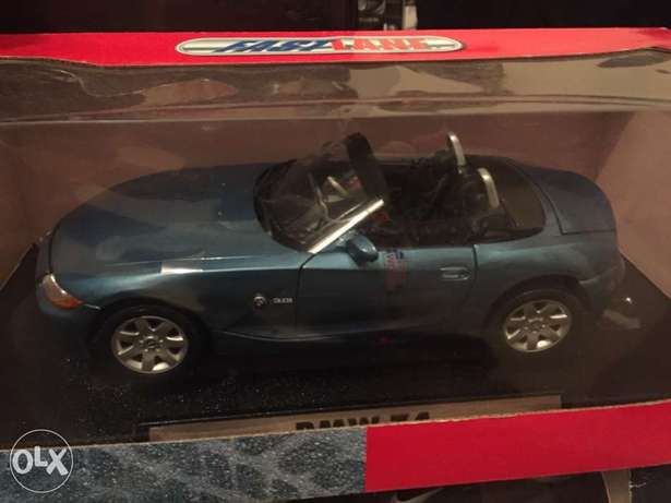 diecast model car for sale 1/18 scale