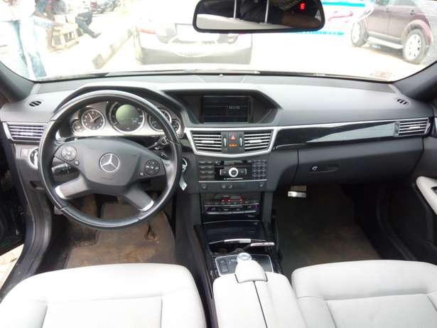 Tokunbo 011 E350 upgraded to 015 AMG Lagos - image 3