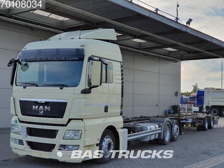 MAN TGX 24.440 XLX 6X2 Intarder Euro 5 - 2011