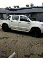 2009 Toyota Hilux 2.7 petrol , double cab, in very good condition