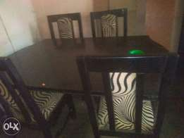 A 4seater Dinning set.