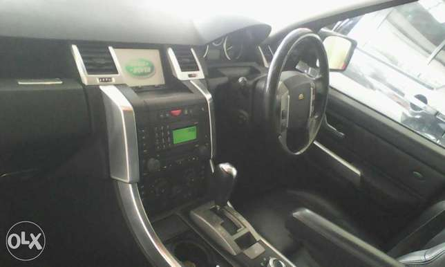 Range Rover 2700 cc X UK loaded with sunroof Mombasa Island - image 7