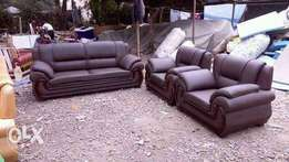 Classy leather sofa(5 sitter)