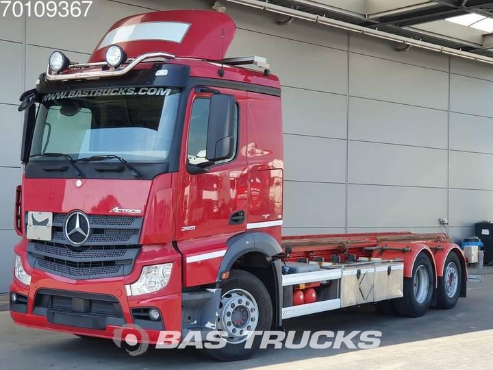 Mercedes-Benz Actros 2551 L 6X2 ADR Liftachse Euro 5 - 2014
