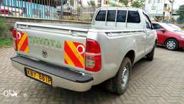 Extremely clean Toyota hilux kby .