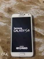Samsung Galaxy s5 white no trade in