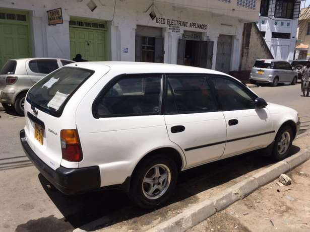 Toyota Station wagon Manual 1500cc Mombasa Island - image 2