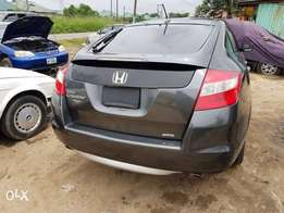 A clean Honda cross tour for sale in abuja