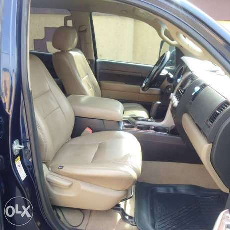 ADORABLE MOTORS: A clean, well used 08 Toyota Thundra Lagos Mainland - image 8