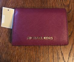 706fe79e4d6f3 Michael Kors Jet Set Travel - skórzany portfel