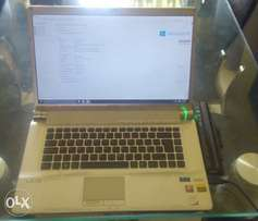 Sony VAIO laptop 16.4""