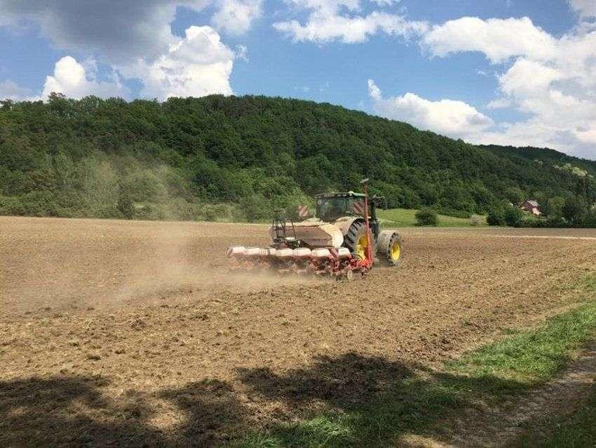 Kuhn Maxima 2 Isobus - 7 Reihiges Mit Unterfußdüngung - Wie Neu Nur 280 Hektar - Bj 2018 - 2018 - image 2