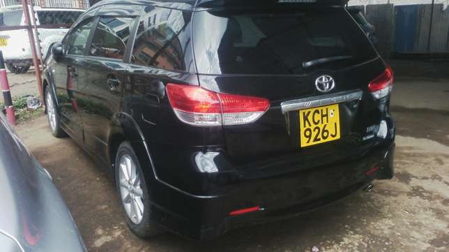 Black Toyota Wish. Parklands - image 5