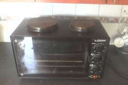 Logik 2 plate electric stove and oven