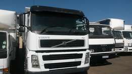 Volvo FH12 420 Horse For Sale